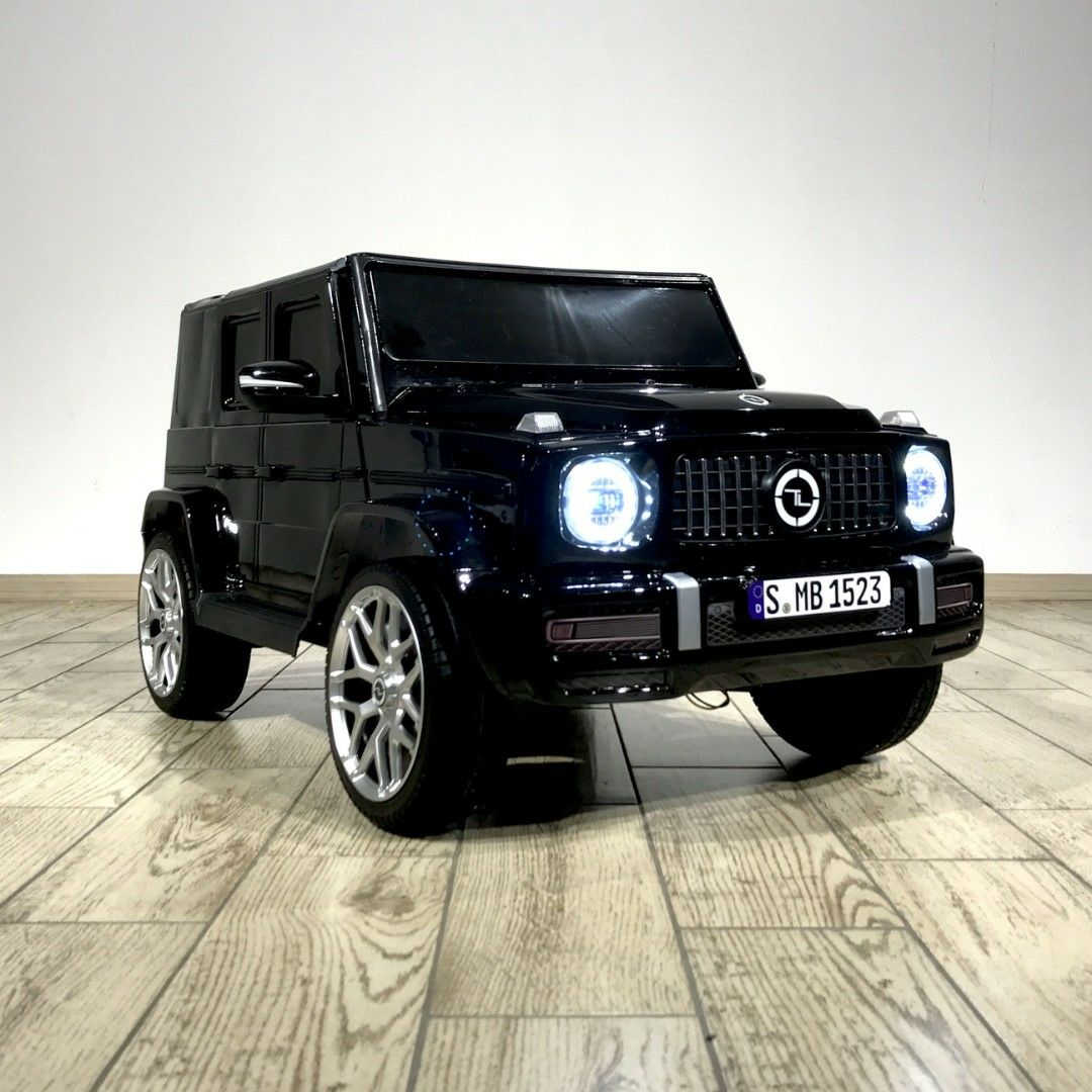 Mercedes-Benz  G63 mini (V8)